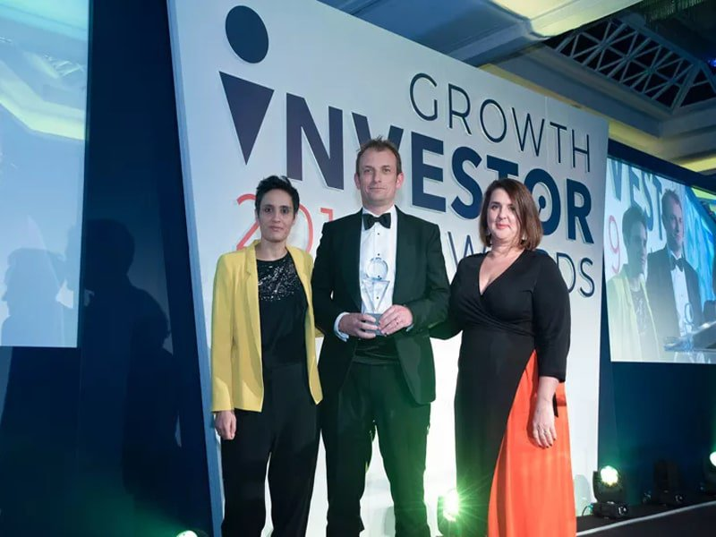 Alex Davies 2019 Growth Investor Awards-min.jpg